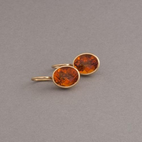 Ohrringe aus 18 Karat Gold mit Citrin
