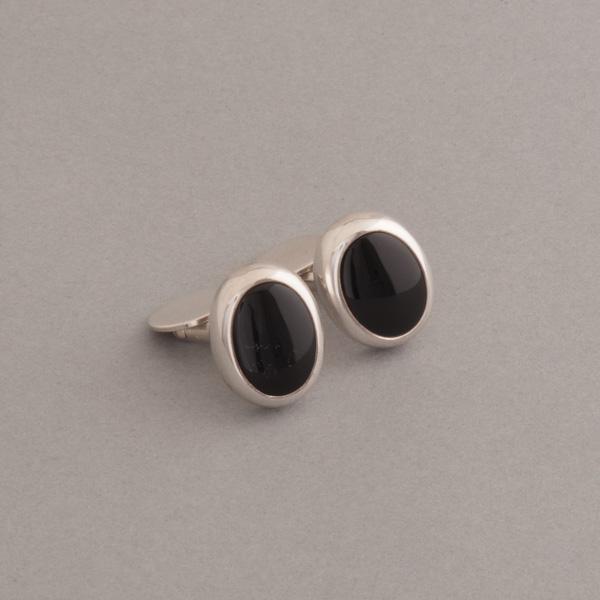 Manschettenknöpfe aus Silber mit Onyx oval