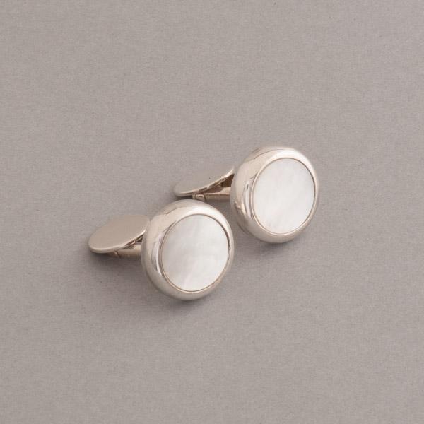 Manschettenknöpfe aus Silber mit Perlmutt