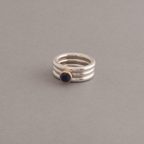 Ring aus Silber mit Iolith