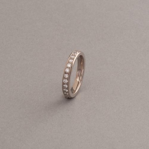 Ring aus 18 Karat mit Weissgold