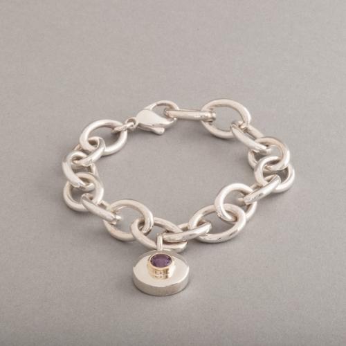 Armband aus Silber mit Amethyst Fassung 18 Karat Gold