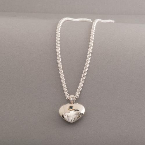 Kette aus Silber mit Anhänger Herz mit Aquamarin
