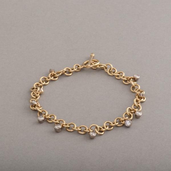 Armband aus 18 Karat Gold mit Brillanten