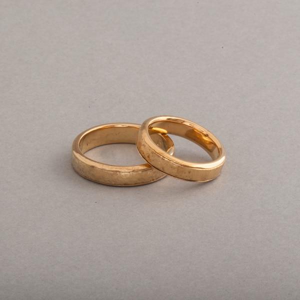 Trauringe aus 18 Karat Gold 5 x 2 mm