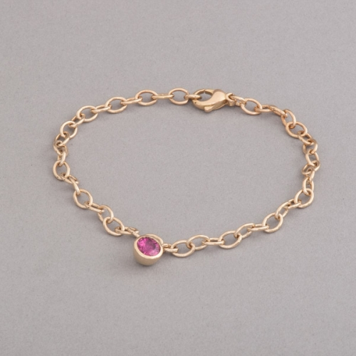 Armband aus 18 Karat Gold mit Rubellit (roter Turmalin), Botho Nickel Schmuck Hamburg