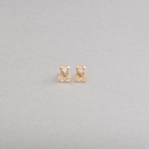 Ohrstecker aus 750/000 Gold mit Botho Nickel Fliege, Botho Nickel Schmuck , Juwelier, Goldschmied,Gemmologe und Diamantgutachter