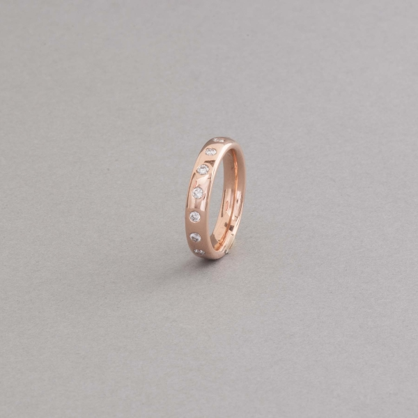 Ring aus 18 Karat Roségold mit Brillanten, Botho Nickel Hamburg