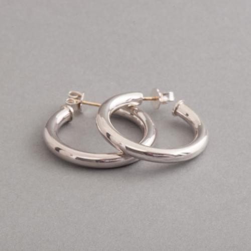 Kreolen aus Silber, Juwelier und Goldschmiede Botho Nickel Schmuck Hamburg