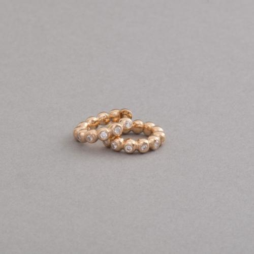 Kreolen aus 18 Karat Gold mit Brillanten, Juwelier und Goldschmiede Botho Nickel Schmuck Hamburg