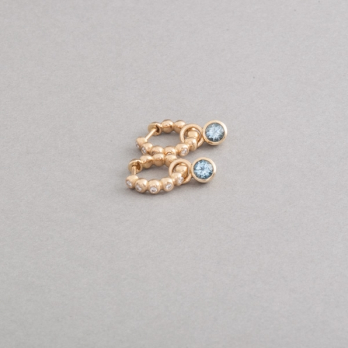 Kreolen aus 750/000 Gold mit Aquamarinen, Botho Nickel Schmuck Juwelier, Goldschmiede, Gemmologe und Dimantgutachter