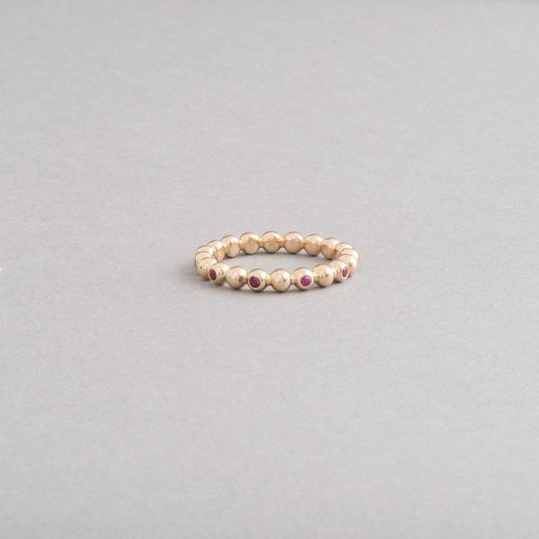 Ring aus 18 Karat Gold mit Rubinen, Botho Nickel Schmuck Juwelier, Goldschmiede, Gemmologe und Diamantgutachter