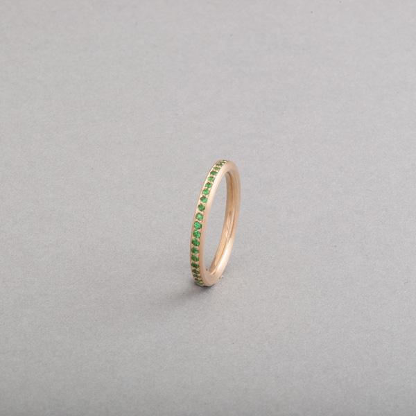 Ring aus 18 Karat Gold mit Tsavorithen im Verschnitt gefast, Botho Nickel Schmuck, Juwelier, Goldschmied, Gemmologe und Diamantgutachter