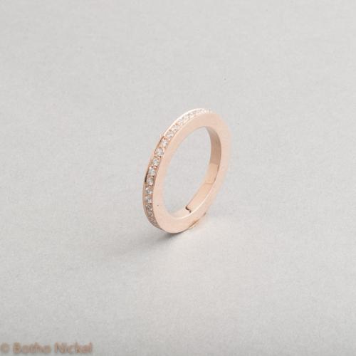 Ring aus 18 Karat Gelbgold mit Brillanten Goldschmied Botho Nickel Schmuck Hamburg, Juwelier, Goldschmiede Gemmologe und Diamantgutachter