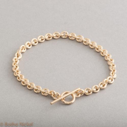 Armband aus 18 Karat Gold mit Knebelverschluss, Botho Nickel Schmuck Hamburg, Juwelier, Goldschmiede, Gemmologe und Diamantgutachter