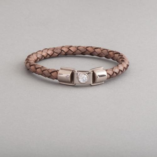 Armband aus 18 Karat Weissgold mit Brillant, Botho Nickel Schmuck Hamburg, Juwelier, Goldschmied, Diamantgutachter und Gemmologe