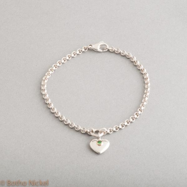 Armband aus Silber mit Tsavorith Goldschmiede Botho Nickel Schmuck Hamburg Juwelier, Goldschmiede, Gemmologe und Diamantgutachter