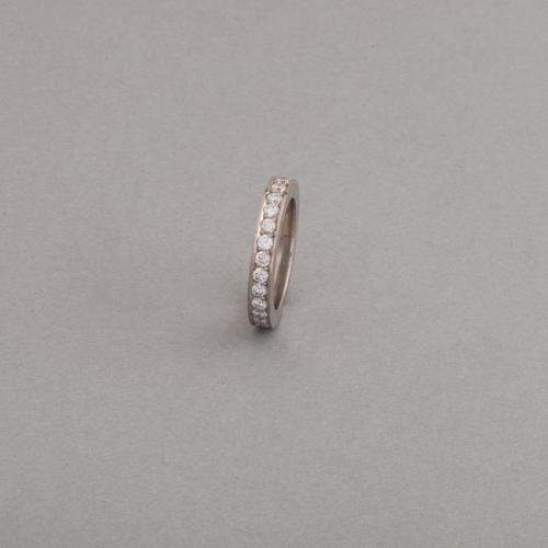 Ring aus 18 Karat Weissgold mit Brillanten im Beschnitt gefasst, Botho Nickel Schmuck Hamburg, Juwelier, Goldschmiede, Diamantgutachter und Gemmologe
