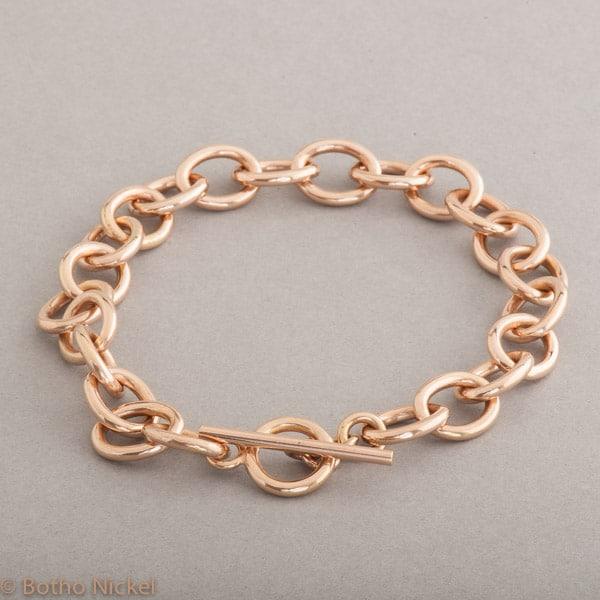 Armband aus 18 Karat Roségold mit Knebelverschluss, Botho Nickel Schmuck Hamburg, Juwelier und Goldschmiede