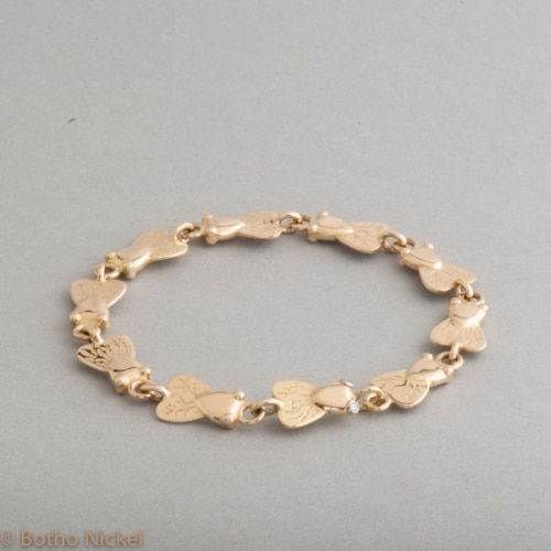 Armband aus 18 Karat Gold aus Botho Nickel Fliegen, Botho Nickel Schmuck Hamburg, Juwelier, Goldschmiede, Gemmologe und Diamantgutachter
