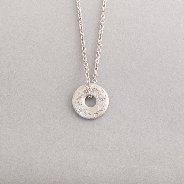 Kette aus Silber mit Anhänger Confidence, Botho Nickel Schmuck Hamburg, Juwelier, Goldschmiede, Gemmologe und Diamantgutachter