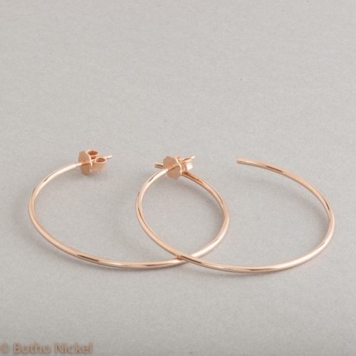 Kreolen aus 18 Karat Gold, Botho Nickel Schmuck , Juwelier Goldschmiede Gemmologe und Diamantgutachter