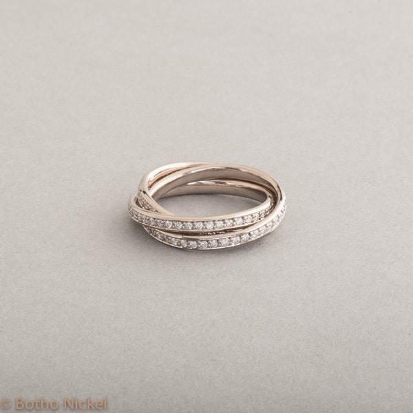 Ring aus 18 Karat Weissgold mit Brillanten 0.90ct , Botho Nickel Schmuck Hamburg, Juwelier und Goldschmiede