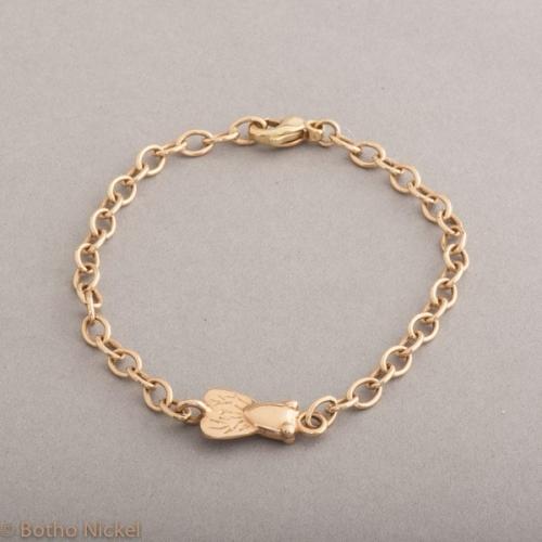 Armband aus 18 Karat Gold mit Fliege, Botho Nickel Schmuck Hamburg, Juwelier und Goldschmiede