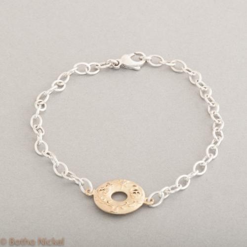 Armband aus Silber mit Confidence aus 18 Karat Gold, Botho Nickel Schmuck Hamburg, Juwelier und Goldschmiede