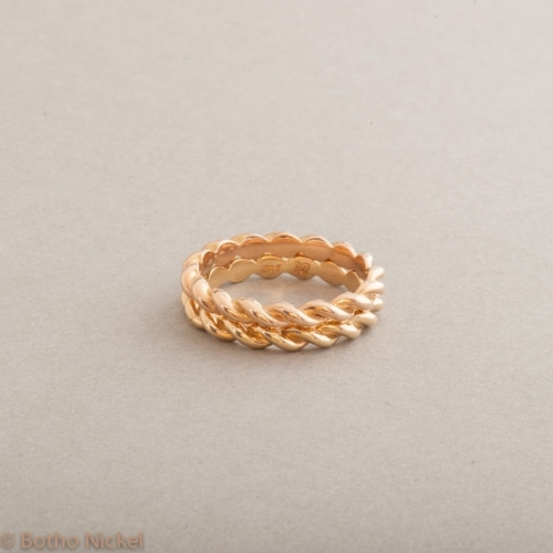 Ringe aus 18 Karat Rosé - und Gelbgold, Botho Nicke Schick Hamburg Juwelier und Goldschmiede