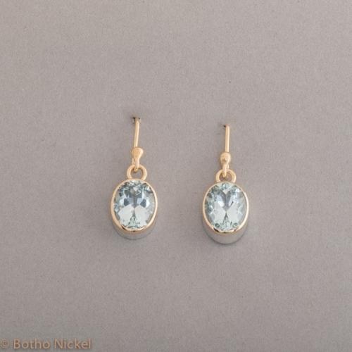 Ohrringe aus Silber mit Topas, Fassung aus 18 Karat Gold, Botho Nickel Schmuck Hamburg Juwelier und Goldschmiede