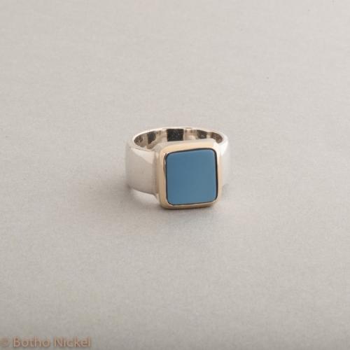 Ring aus Silber mit Lagenstein , Botho Nickel Schmuck Hamburg, Juwelier und Goldschmiede