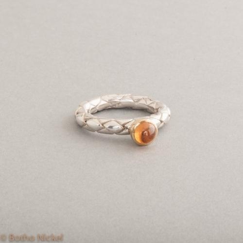 Ring aus Silber mit Mandarin Granat, Fassung 18 Karat Gold, Botho Nickel Schmuck Hamburg, Juwelier und Goldschmiede