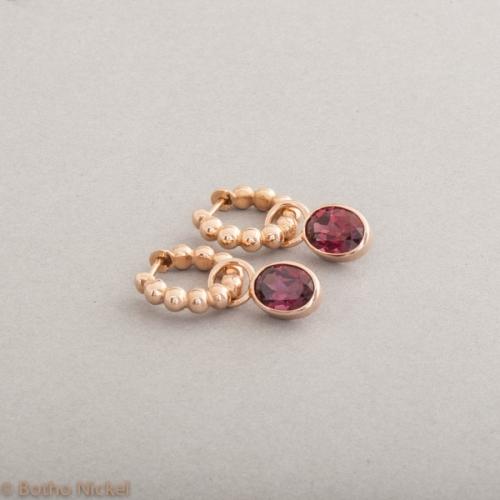 Kreolen aus 18 Karat Gold mit Rhodlith oval, Botho Nickel Schmuck Hamburg, Juwelier und Goldschmiede