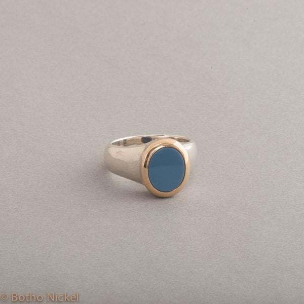 Ring aus Silber mit Lagenstein, Fassung aus 18 Karat Gold, Botho Nickel Schmuck Hamburg, Juwelier und Goldschmiede