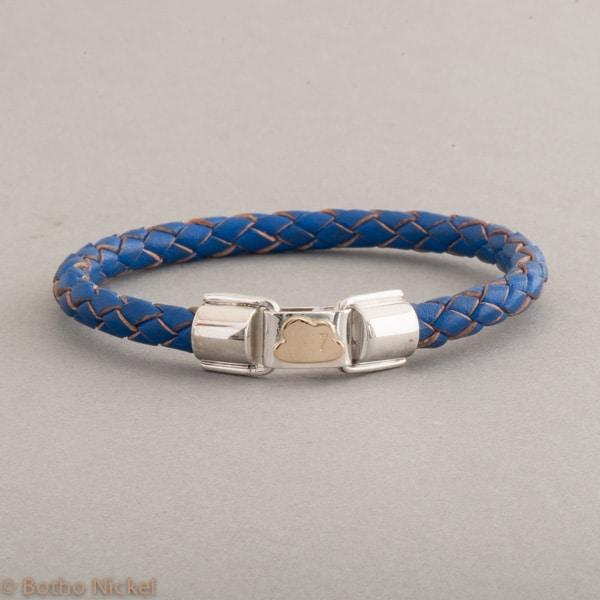 Armband aus Leder mit Wolke 7 aus 18 Karat Gold, Botho Nickel Schmuck Juwelier und Goldschmiede