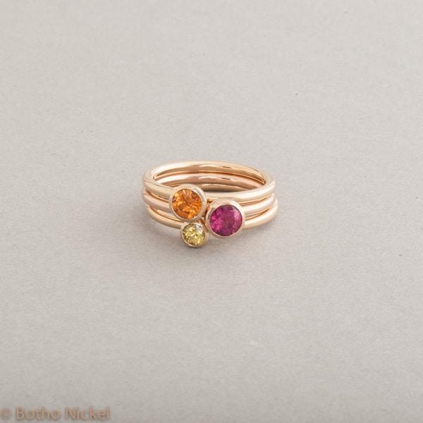 Ringe aus 18 Karat Gold mit Mandarin Granat, Rubellit und Saphir gelb, Botho Nickel Schmuck Hamburg, Juwelier und Goldschmiede