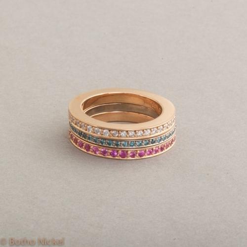 Ringe aus Weiss- und Roségold mit Brillanten und pinken Saphiren, Botho Nickel Schmuck Hamburg Juwelier und Goldschmiede