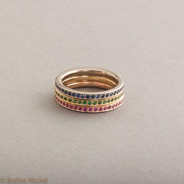 Ringe aus 18 Karat Weiss-Gelb und Roségold mit Saphiren und Tsavoriten, Botho Nickel Schmuck Hamburg, Juwelier und Goldschmiede