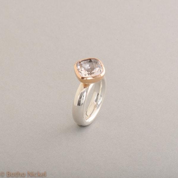 Ring aus Silber mit Morganit Fassung 18 Karat Roségold, Botho Nickel Schmuck Hamburg, Juwelier und Goldschmiede