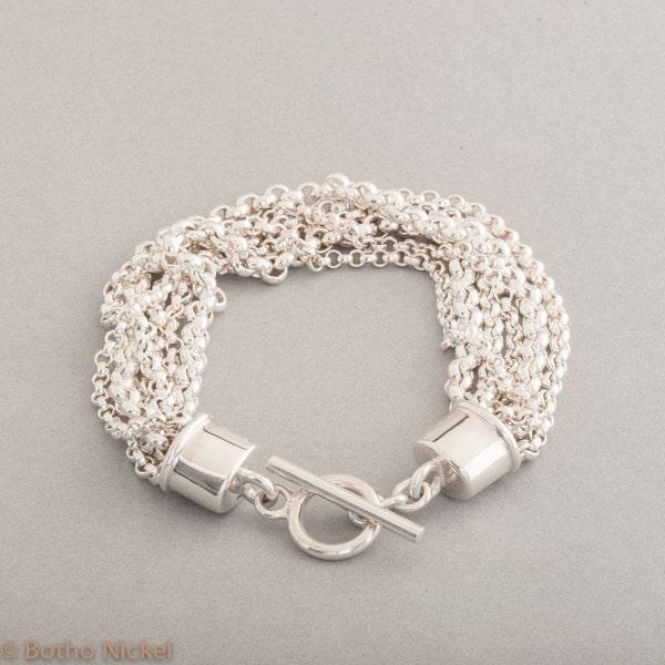 Armband aus Silber mit Knebelverschluss, Botho Nickel Schmuck Hamburg, Juwelier und Goldschmiede