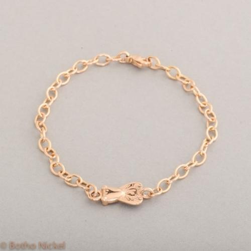 Armband aus 18 Karat Roségold mit Fliege, Botho Nickel Schmuck Hamburg, Juwelier und Goldschmiede