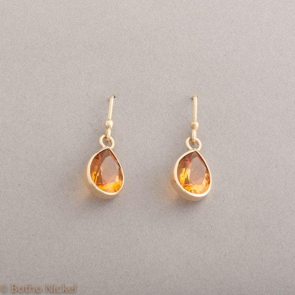 Ohrringe aus 18 Karat Gold mit Citrinen, Botho Nickel Schmuck Hamburg, Juwelier und Goldschmiede